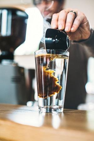 Espresso in Tonic